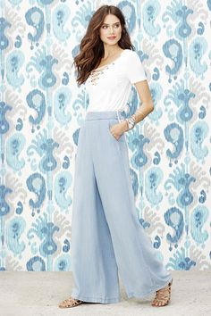 BB Dakota Skylee Light Blue Chambray Wide-Leg Pants at Lulus.com!