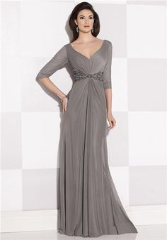Deep V-back neckline,this dress is available in sizes 16w-26w
