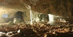 Pestera Ghetarul de la Vartop muntii Apuseni