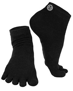 Mato  Hash 5 Toe Active Athletic Performance Sport Toe Socks 6 PK Black SM ** Learn more by visiting the image link.