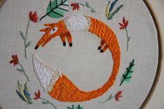 """다음 @Behance 프로젝트 확인: """"embroidery animals"""" https://www.behance.net/gallery/44212069/embroidery-animals"""