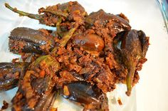 Vegetarian Recipes: Stuffed Eggplant/ Guthi Vankaya Kura/ Stuffed Brinjal
