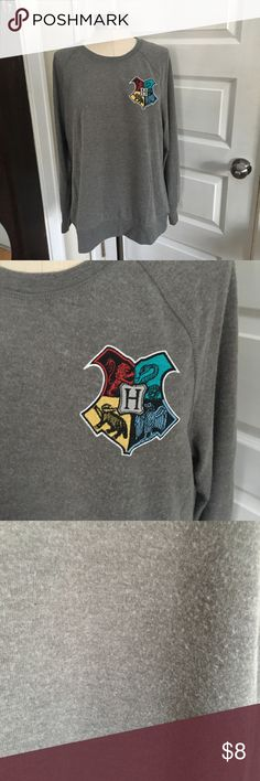 Forever 21 Harry Potter sweater Purchased from forever 21 - slightly fuzzy pictured Forever 21 Sweaters