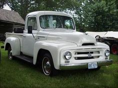 International Pickup Truck, Navistar International, International Harvester Truck, International Tractors, Dump Trucks, New Trucks, Custom Trucks, Cool Trucks, Vintage Pickup Trucks