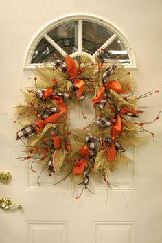 beautiful burlap wreath for fall