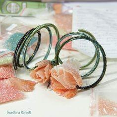 Ин трукция tutorial pattern beadstutorial Flower Outline, Beading Needles, Beaded Jewelry Patterns, Beading Tutorials, Beaded Flowers, Diy Kits, Seed Beads, Creative, Jewerly