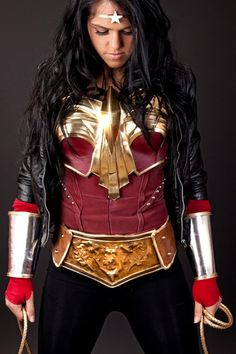 Cosplay: Wonder Woman (by Adam Jay and Sarah Scott) Dc Cosplay, Best Cosplay, Cosplay Girls, Cosplay Costumes, Cosplay Ideas, Halloween Costumes, Teen Costumes, Woman Costumes, Pirate Costumes