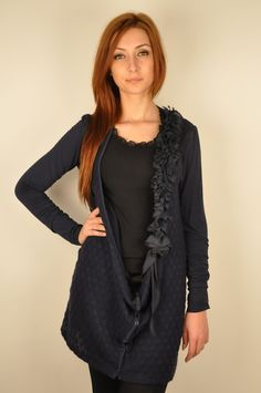 Cardigan bleumarin cu volane decorative