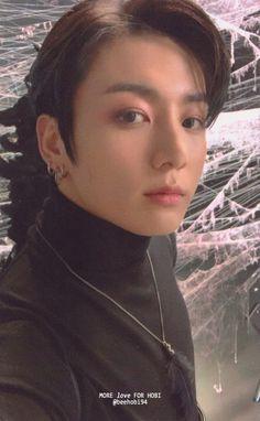 Jeong Jungkook is so handsome Foto Bts, Bts Photo, Jung Kook, Bts Jungkook, Taehyung, Busan, K Pop, Btob, Bts Wallpapers