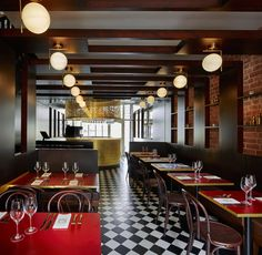 Designed by 32 mq, Coco Retro bistro brings French flair to Royal Tunbridge Wells, a large affluent town in Kent, 64 km south-east of central London.