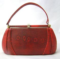 492649a21a0d Vintage 50s Red Lizard Handbag   Red Leather by Curationeur on Etsy Vintage  Bags