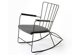 Stylish Rocking Chairs - Your source of Architecture and Interior design news! Classic Furniture, Vintage Furniture, Modern Furniture, Outdoor Furniture, Office Furniture, Design Furniture, Chair Design, Furniture Ideas, Kitchen Furniture Inspiration