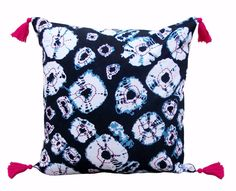 The cushion cover is Inspired by the classic shibori craft of japan. The popular diamond pattern is printed in indigo colour on 100% cotton fabric. The