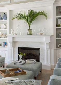 Palm Leaves & Fronds for a Green & Tropical Decor Touch. Statement Palm Leaves for any Room. Creative Decor Ideas featured on Completely Coastal.