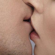 Conheça o beijo de cada signo e escolha o melhor