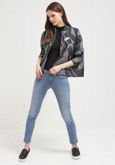 Nike Sportswear - Chaqueta fina
