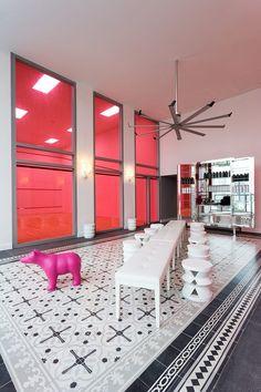 Yoo Panama by Philippe Starck * Interiors Interiors * The Inner Interiorista Top Interior Designers, Interior Design Companies, Luxury Interior Design, Interior Design Inspiration, Philippe Starck, Diy Interior, Best Interior, Interior Decorating, Interior Designing