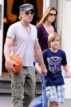 Jon Bon Jovi Photo - Bon Jovi and Son Romeo and wife Dorothea in NYC