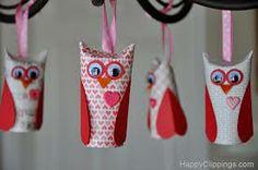 toilet paper roll ornament. so cute