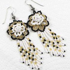 WHITE BLACK GOLDEN BEADS FLOWER BEADED EARRINGS HANDMADE BEAD JEWELRY E8/1 #BeadsCorner #Chandelier