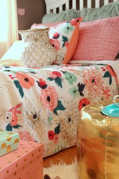 Sherwin_williams_poised_taupe_color_year_bedding_gold_land_nod_Homegoods_target_Pink-Mint_green_girls_room_Cute_fabulous_owl_pillow_floral