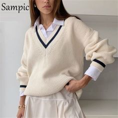 Casual Sweaters, Sweaters For Women, Mode Bcbg, Moda Formal, Beige Sweater, Pullover, Preppy Style, Preppy Fashion, Preppy Outfits