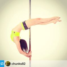 Nice point! Repost from @chunks82  #pole #poledance #poledancer #poledancing #poledancenation #polemove #crossankle #crossanklerelease #bridge #crescentmoon #ig_poledance #fitgirls #strength