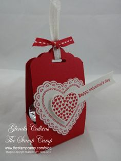 Scallop Tag Topper Punch Treat Box - Glenda Calkins, Using the New Scallop Tag Topper Punch. https://www.youtube.com/watch?v=BCBZl1ynuUc