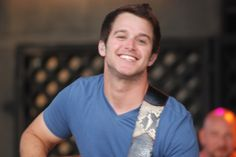 I had the pleasure of watching Easton Corbin on stage at the Greene County Fair in Greeneville, Tenn. Since the first time I saw Easton (October I realized th… Easton Corbin, Justin Moore, Jake Owen, Brantley Gilbert, Thomas Rhett, Florida Georgia Line, Great Smiles, Eric Church, Chris Young
