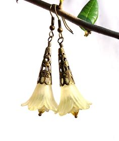 Yellow Lucite Flower Earrings  Lucite Flowers by susansbeadhappy