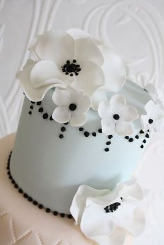 Sprinkle wedding cake!....this might have to be at my wedding one day :-) #recipe #recipes