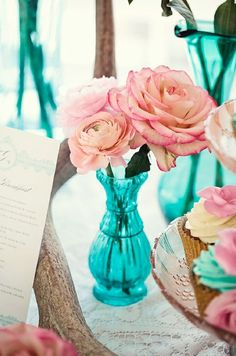 pink-turquoise-wedding-reception-decorations