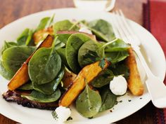 Spinach salad with sweet potato and smoked mackerel