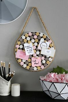 HGTV Handmade's Karen Kavett shows you how to turn leftover wine corks into a chic memo board. Wine Craft, Wine Cork Crafts, Wine Bottle Crafts, Upcycled Crafts, Easy Diy Crafts, Diy Crafts For Kids, Repurposed Items, Summer Crafts, Fall Crafts