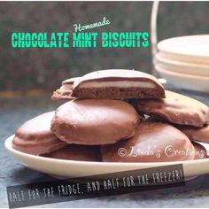 Recipe CHOCOLATE MINT BISCUITS by Krazeegirl, learn to make this recipe easily in your kitchen machine and discover other Thermomix recipes in Baking - sweet. Homemade Chocolate, Mint Chocolate, Melting Chocolate, Chocolate Recipes, Mint Slice, Biscuits, Cooking Recipes, Sweets, Baking