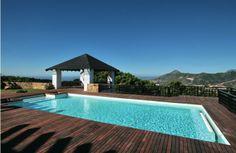 http://bablomarbella.com/en/listing/spain/costa-del-sol/benahavis/villa/189/