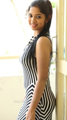 Beauty Full Girl, Cute Beauty, India Beauty, Asian Beauty, Best Casual Outfits, Most Beautiful Faces, Brunette Beauty, Beautiful Indian Actress, Beautiful Actresses