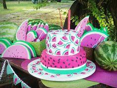 Torta y sorpresitas de cumpleaños de sandías
