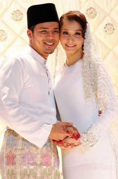 Malay Wedding Dress - Modern Baju Kurung