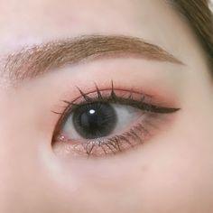 Korean Makeup Look, Korean Makeup Tips, Asian Eye Makeup, Korean Makeup Tutorials, Smokey Eye Makeup, Cute Makeup, Makeup Looks, Makeup Eyeshadow, Makeup Brushes