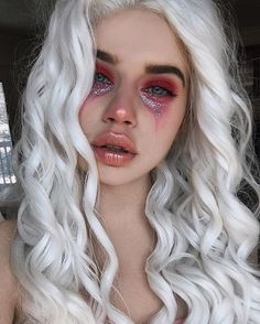 Looking for for ideas for your Halloween make-up? Browse around this website for perfect Halloween makeup looks. Sfx Makeup, Costume Makeup, Hair Makeup, Makeup Tips, Makeup Ideas, Demon Makeup, Doll Makeup, Makeup Hacks, Makeup Remover