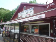 George's Surf and Turf, Mendon MA, has car hop service during the summer. Neat! This was the Redwood when I was a kid.