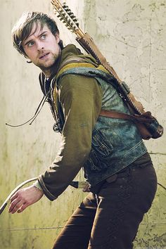 Robin of Locksley (Jonas Armstrong) Writing Inspiration, Character Inspiration, Story Inspiration, Creative Inspiration, Robin Hood Bbc, Robin Hoods, Jonas Armstrong, A Series Of Unfortunate Events, Hunger Games