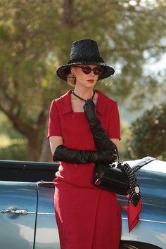 Nicole Kidman is absolutely breathtaking in these #GraceofMonaco stills!