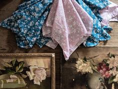 Dining with Ditsy. Tap the image to shop our Ditsy Napkin Collection. - Home Design Shabby Chic Couture, Shabby Fabrics, Luxury Bedding, Vintage Inspired, Napkins, Fall Winter, House Design, My Style, Instagram