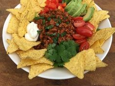 Nachosalaatti Salads, Tacos, Mexican, Cheese, Ethnic Recipes, Food Ideas, Chili Con Carne, Red Peppers, Salad