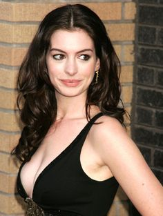 Anne Hathaway: True Beauty