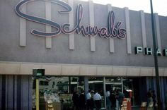 """Schwab's Pharmacy"" ~ famous for the 'discovery' of Hollywood actress Lana Turner."