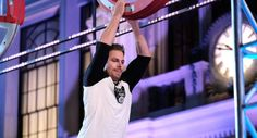 Stephen Amell - American Ninja Warrior - Red Nose Day