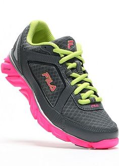 0a0e21b3974 FILA Finest Hour Running Shoes Workout Shoes